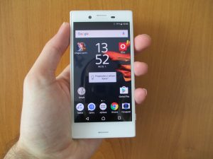 Recenze Sony Xperia X Compact