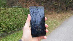 Přední strana (Xiaomi Redmi Note 3)