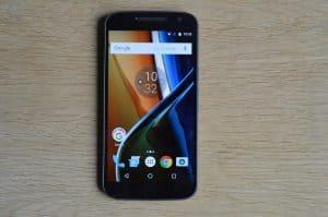 Mobilní telefon Lenovo Moto G4