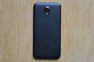 Vodafone Smart prime 7 - Zadní strana