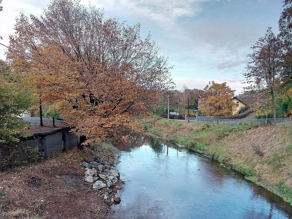 Testovací foto řeky použití HDR - Vodafone Smart ultra 7