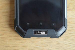 iGet Blackview BV6000 ovládací tlačítka