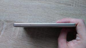 Xiaomi Redmi 4A - levá hrana