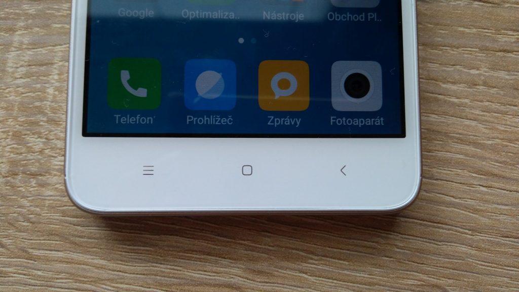 Xiaomi Redmi 4A - tlačítka