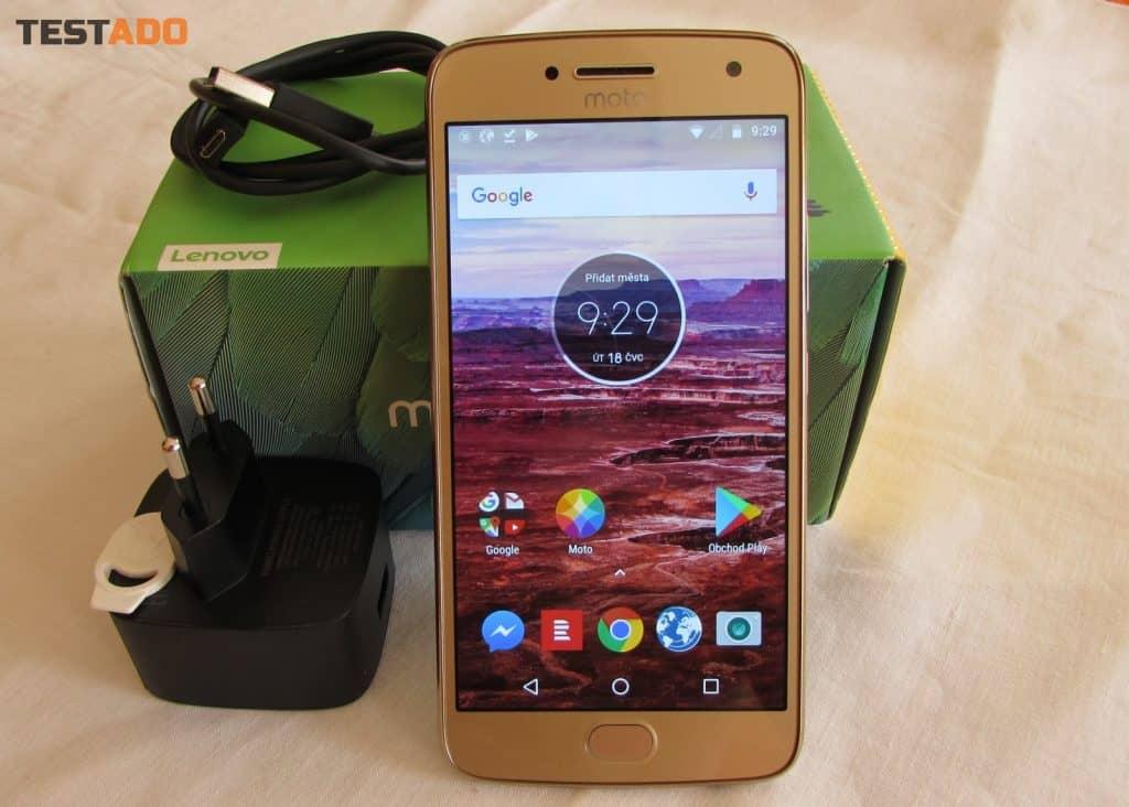Moto G5 Plus - obsah balení