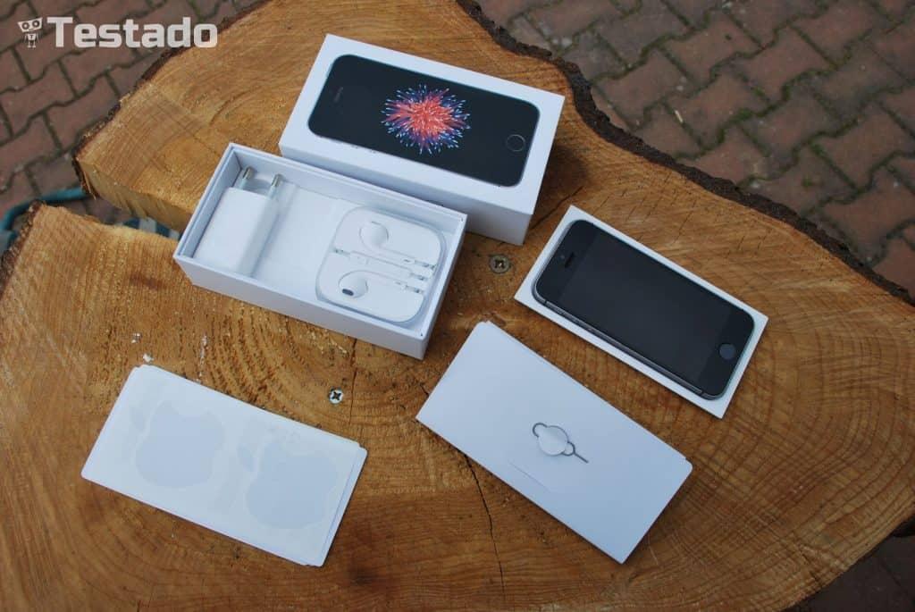 Apple iPhone SE 32 GB - obsah balení