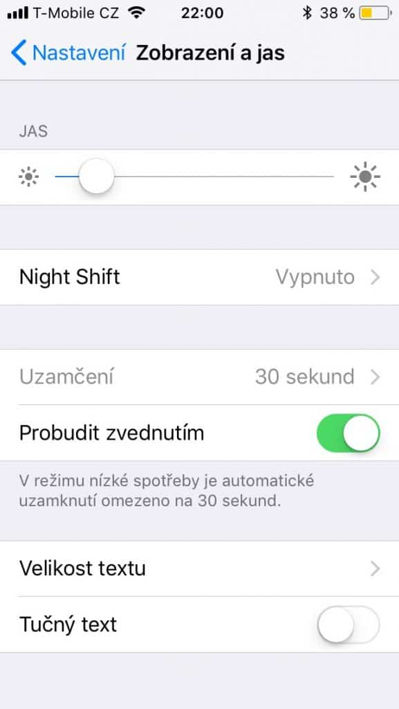 Apple iPhone SE 32 GB - systém