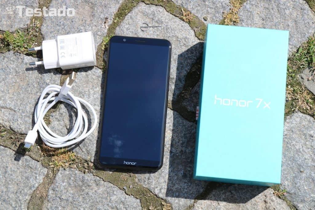 Honor 7X 4GB/64GB Dual SIM - obsah balení