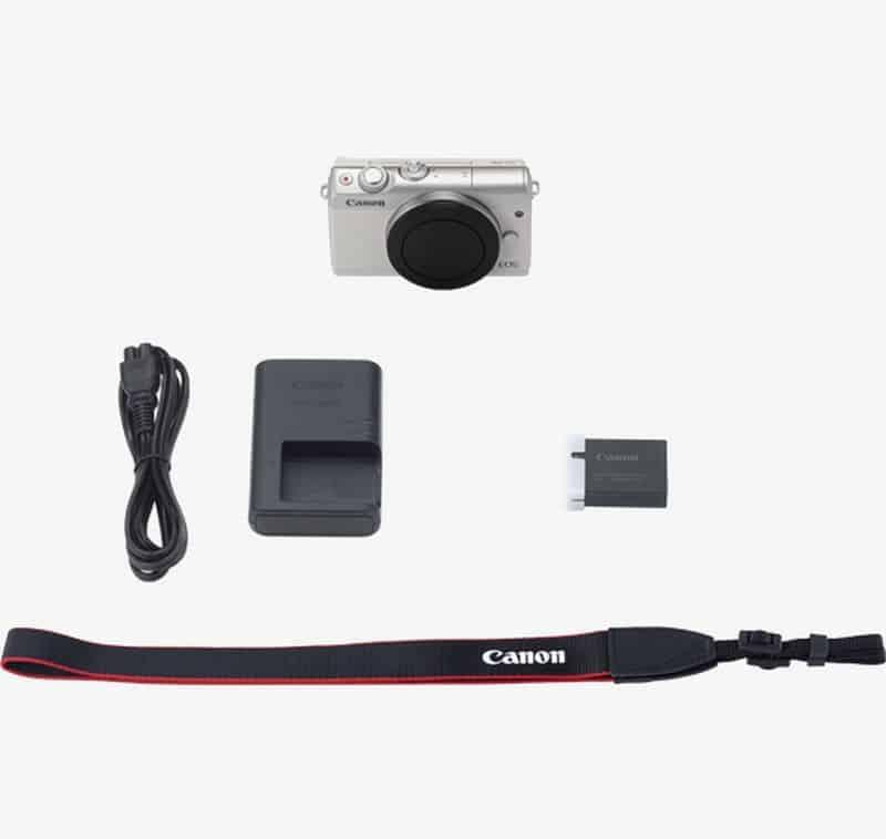 Recenze Canon EOS M100 - obsah balení