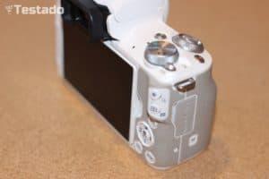 Recenze a test Canon EOS M50