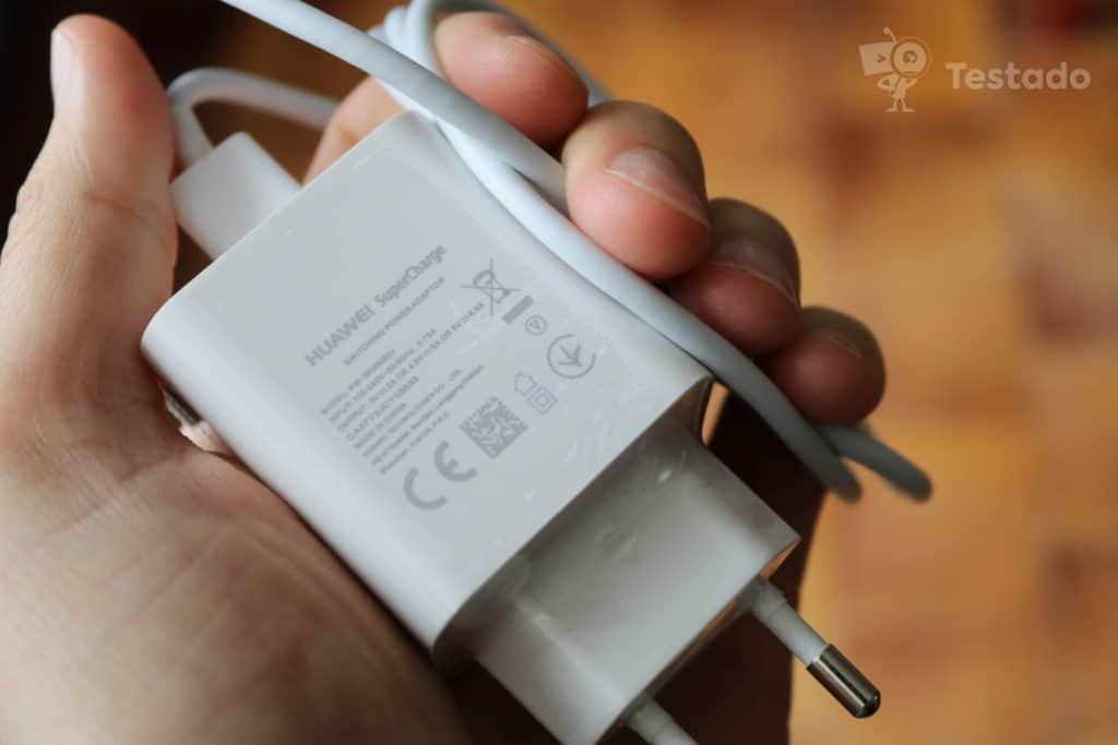 Recenze Huawei P30 nabíjení