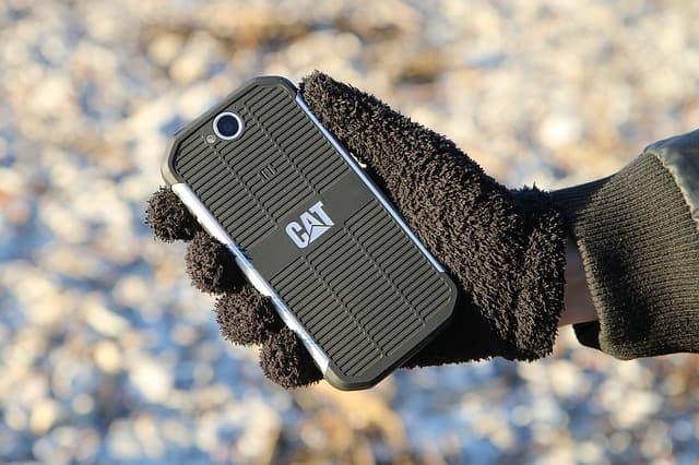 jak vybrat odolný mobil