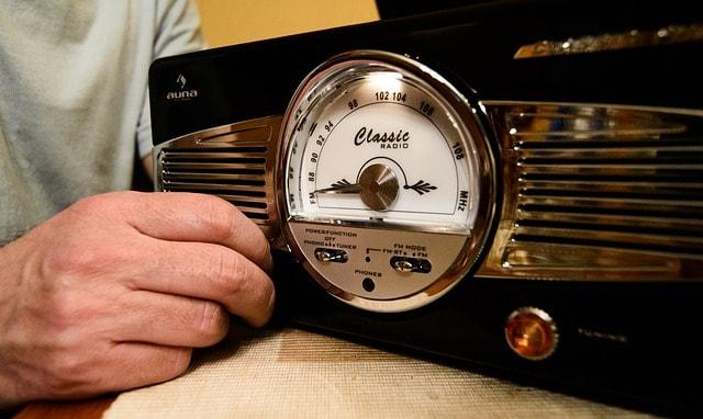 jak nastavit gramofon návod