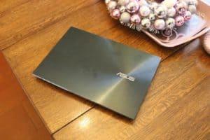 Asus ZenBook Pro Duo recenze a test