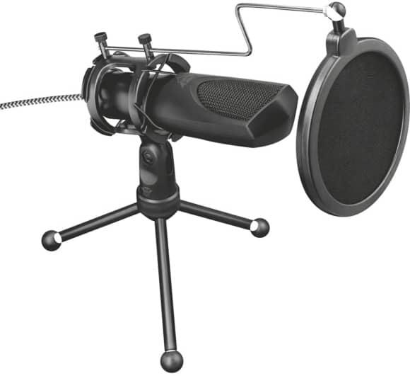 umístění mikrofonu na stůl