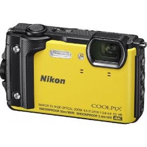 Recenze Nikon W300