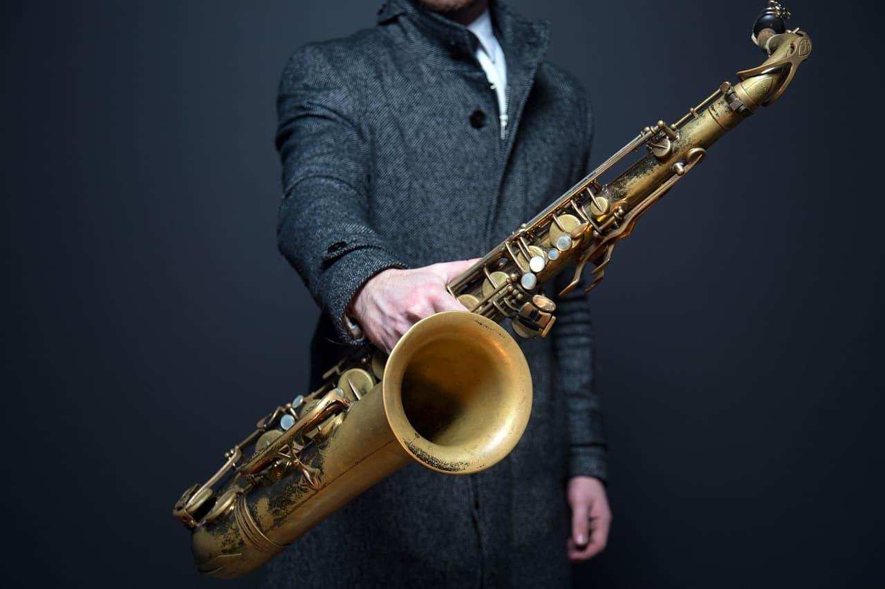 výběr saxofonu