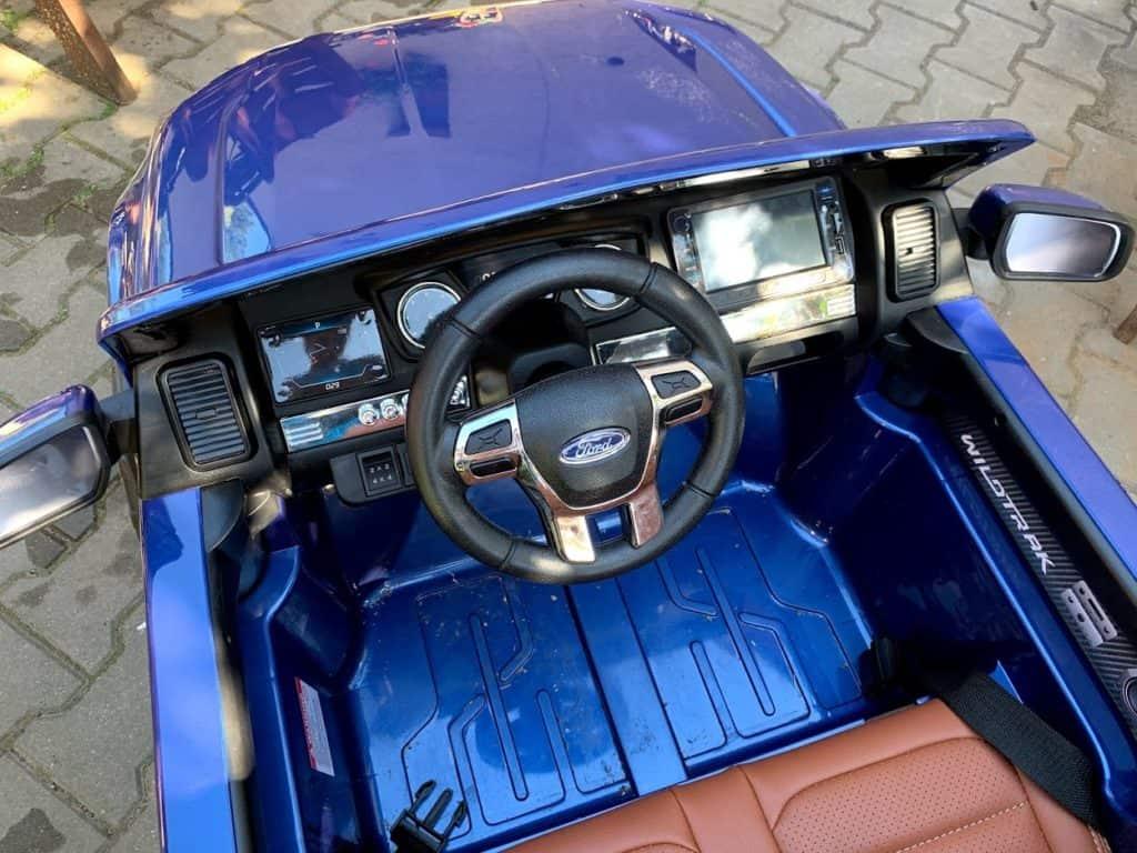 Obsluha a ovládání - elektrického auta pro děti
