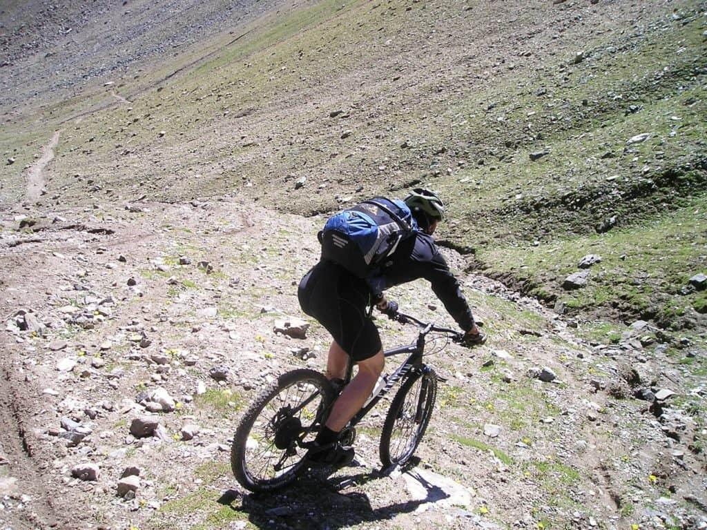 nonost celoodpruženého horského kola