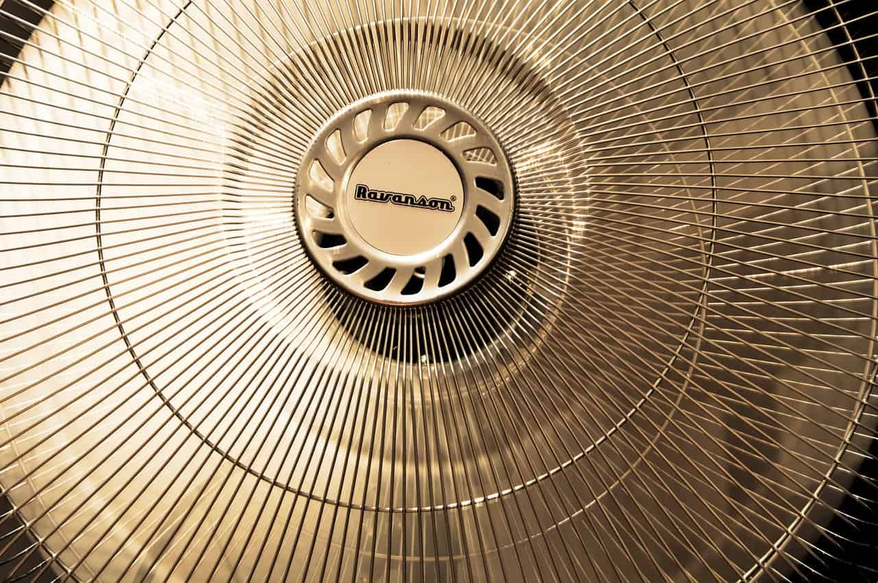 hustá mřížka bezpečný ventilátor