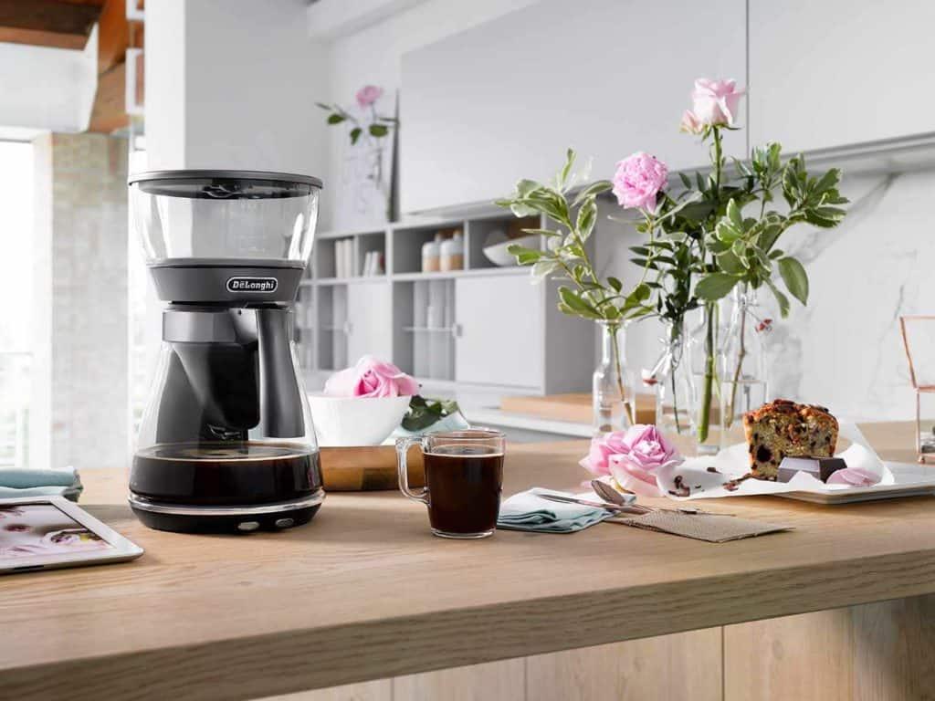 automatický kávovar na překapávanou kávu