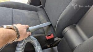 Recenze a test vysavače do auta Black & Decker NVB12AVA