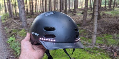 Recenze helmy Safe-Tec SK8