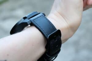 hodinky TicWatch 2020 ze strany