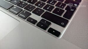 "Recenze MacBook Pro 16"" Touch Bar"