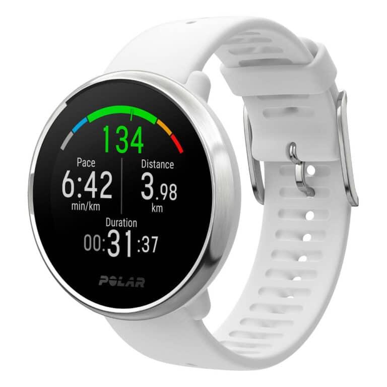 Klasické chytré hodinky nebo sportovní chytré hodinky?
