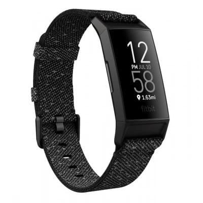 recenze náramku fitness Fitbit Charge 4