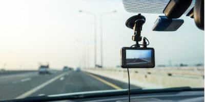 Nejlepší kamery do auta 2021