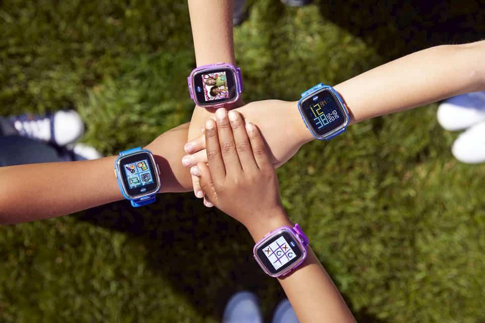 displej dětských smart hodinek