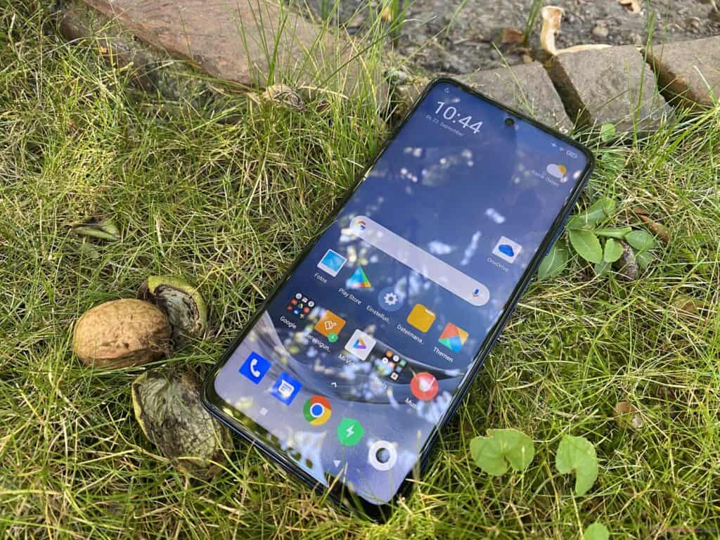 Xiaomi Poco X3 recenze – displej