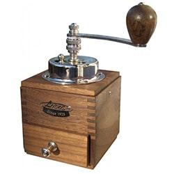 Ruční mlýnek na kávu Lodos 1945 test a recenze