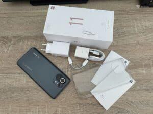Xiaomi Mi 11 - obsah základního balení