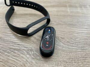 Recenze Xiaomi Mi Band 6