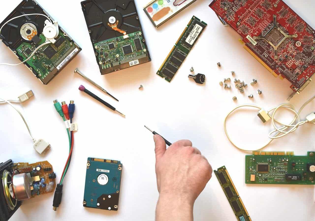 Jak sestavit PC skříň - tipy, návody a rady