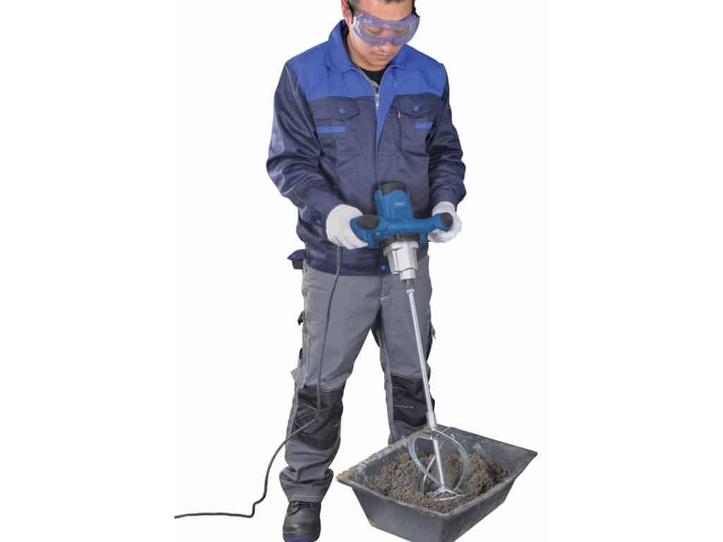 Jak používat míchadlo stavebních směsí