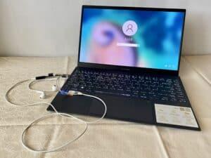 recenze Asus ZenBook 13 OLED UX325